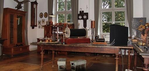Roentgen's Laboratory